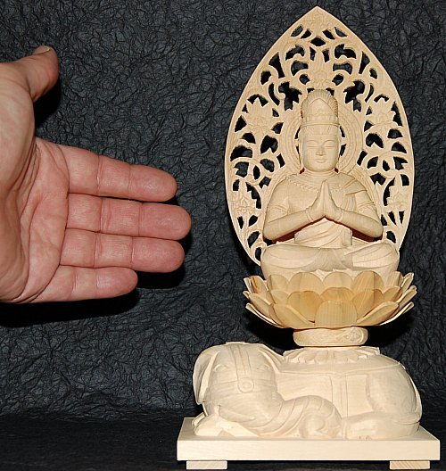 Fugen Bodhisattva - Size of this large statue